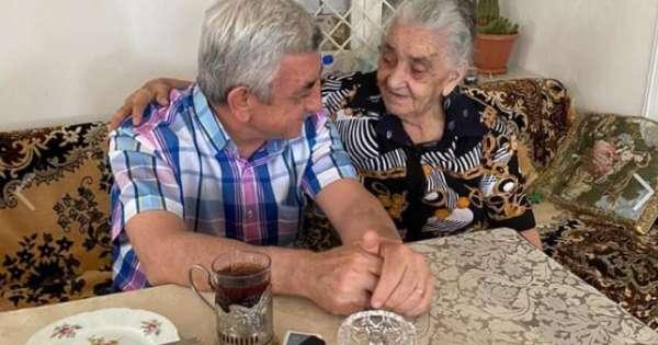 Օրը սկսվում է մոր հետ ջերմ զրույցով ...